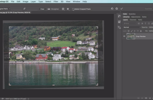 Adobe Photoshop CC for Beginners: Crop and Straighten Images